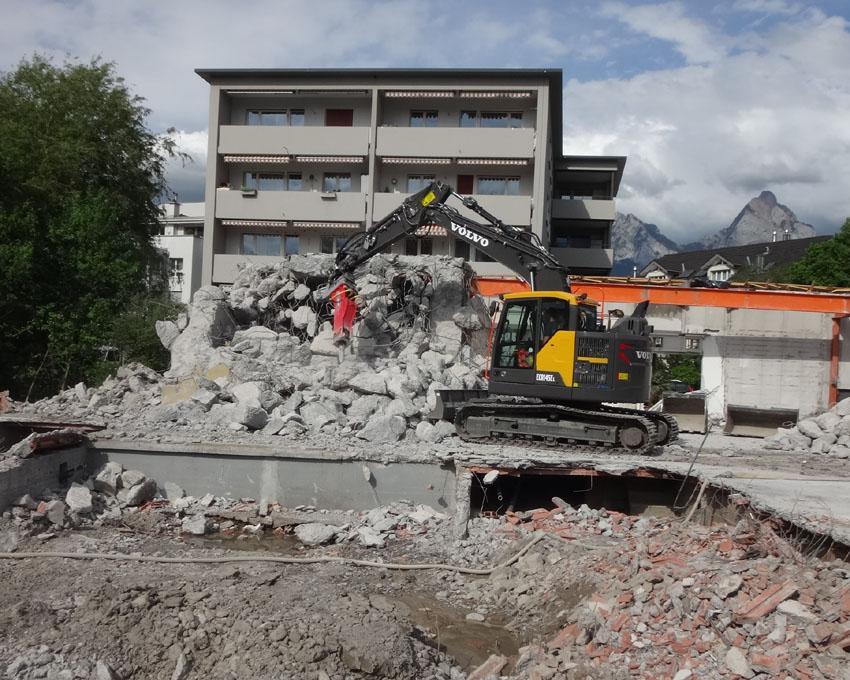 Harter Beton und viel Stahl beim Zivilschutzraum