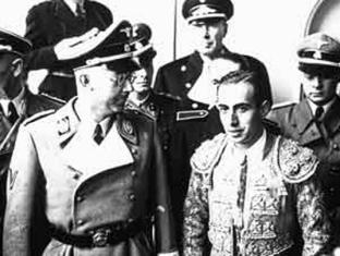 Heinrich Himmler con el torero Marcial Lalanda.