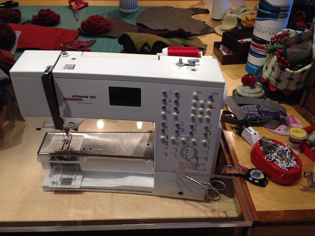 My trusty Bernina Virtuosa 153 (QE) Quilters Edition Photo credit: Amy Mundinger