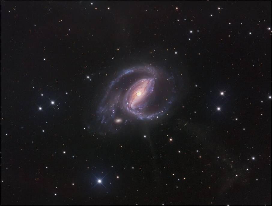 Una galaxia espiral enigmática: la NGC  1097 en la constelación Fornax