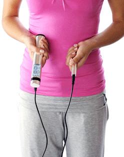 Tens-Therapie-Gerät: Powertube Quickzap in der Anwendung, klein und leicht zu nutzen