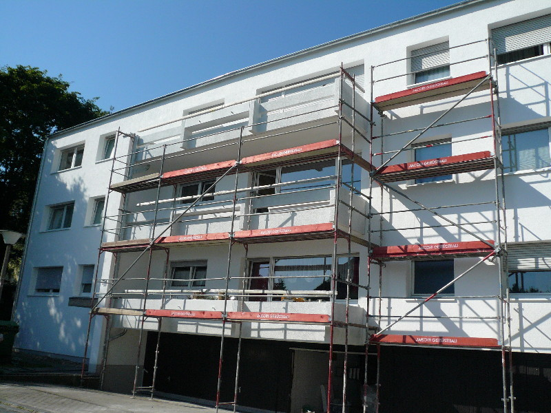 Fassade gedämmt mit 16 cm EPS/0,35