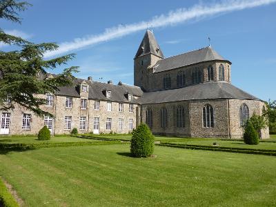 Abbatiale de Lonlaye l'abbaye