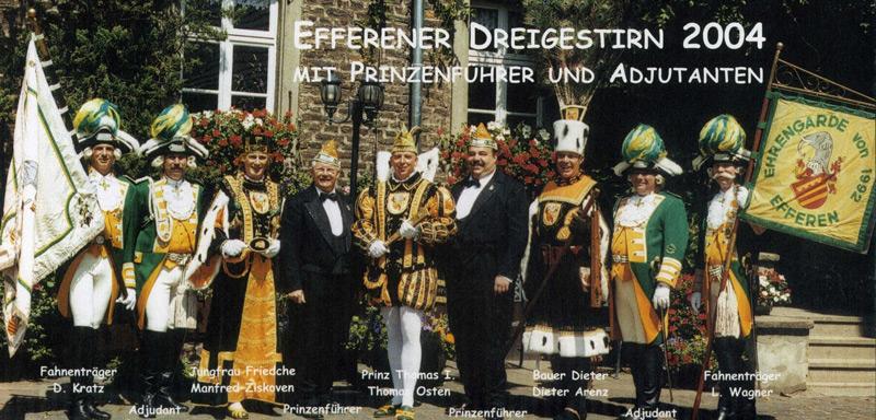 Dat janze Schmölzje vum Dreigestirn 2004: Fahnenträger, Adjudanten, Prinzenführer und das Trifolium.
