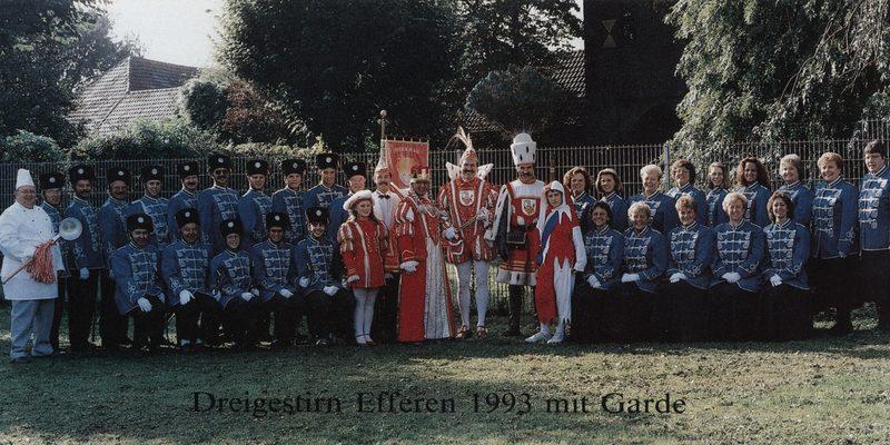 """Die Garde wird gestellt vom Stammtisch """"Löstige Ströpp"""". Der Stammtisch wurde 1975 gegründet, die Gründungsmitglieder entstammen der Prinzengarde aus dem Jahre 1974 mit Prinz Ernst I (Münsch)."""