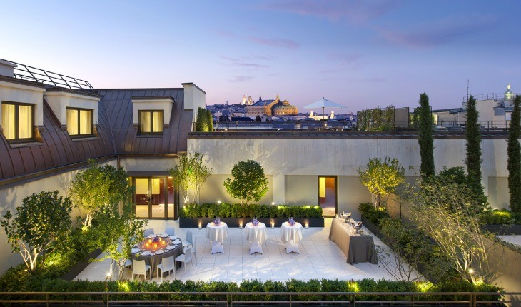 mandarin oriental paris best hotel in paris top hotels in france luxury 5 star hotel. Black Bedroom Furniture Sets. Home Design Ideas