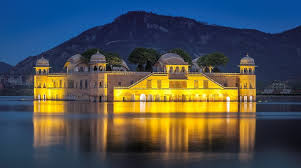 Jaipur - Jal Mahal by night