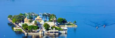 Udaipur Taj Lake Palace mit majestätischer Architektur