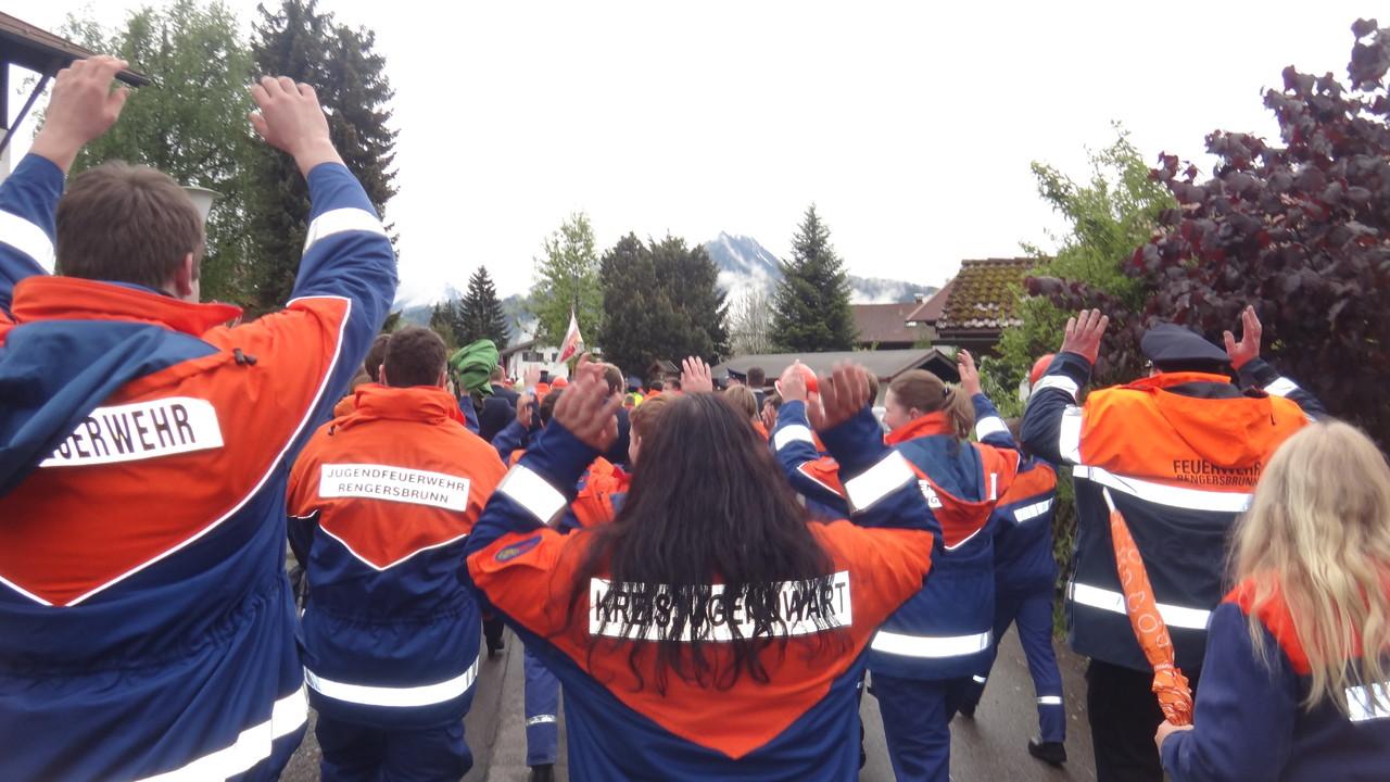 Aufstellung zur Parade zum Oberstdorfer Haus