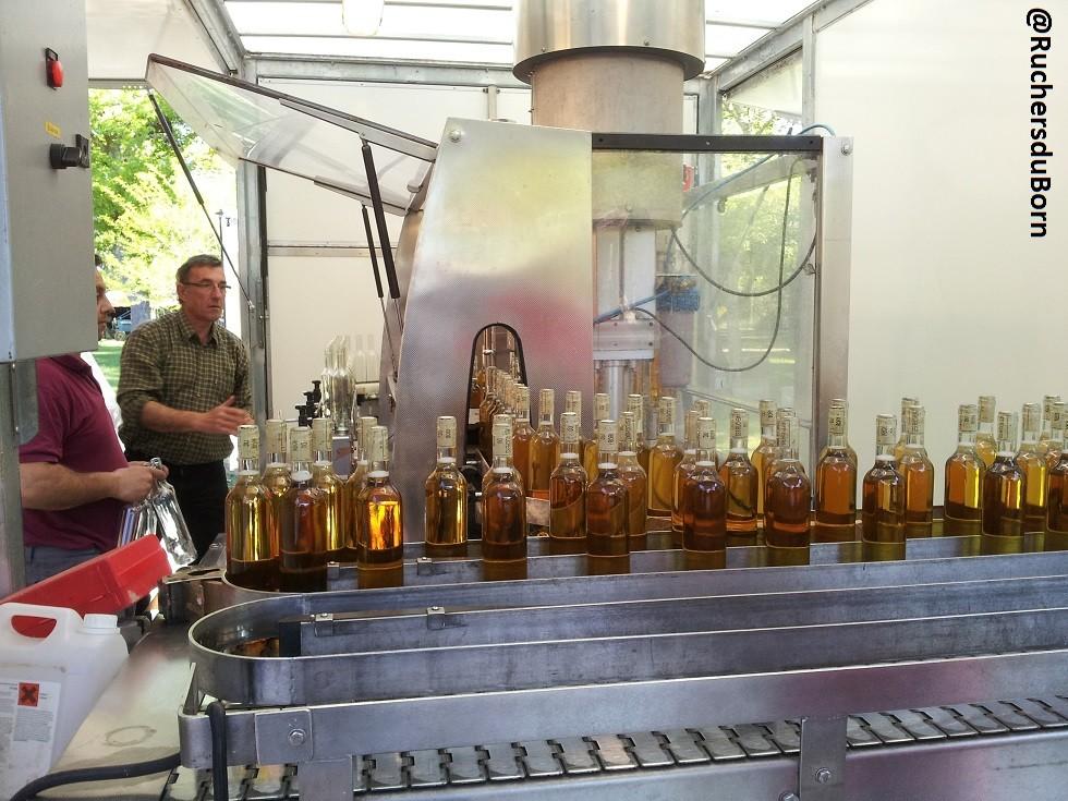 mise en bouteille du vin de miel sec 2011 (mai 2013)