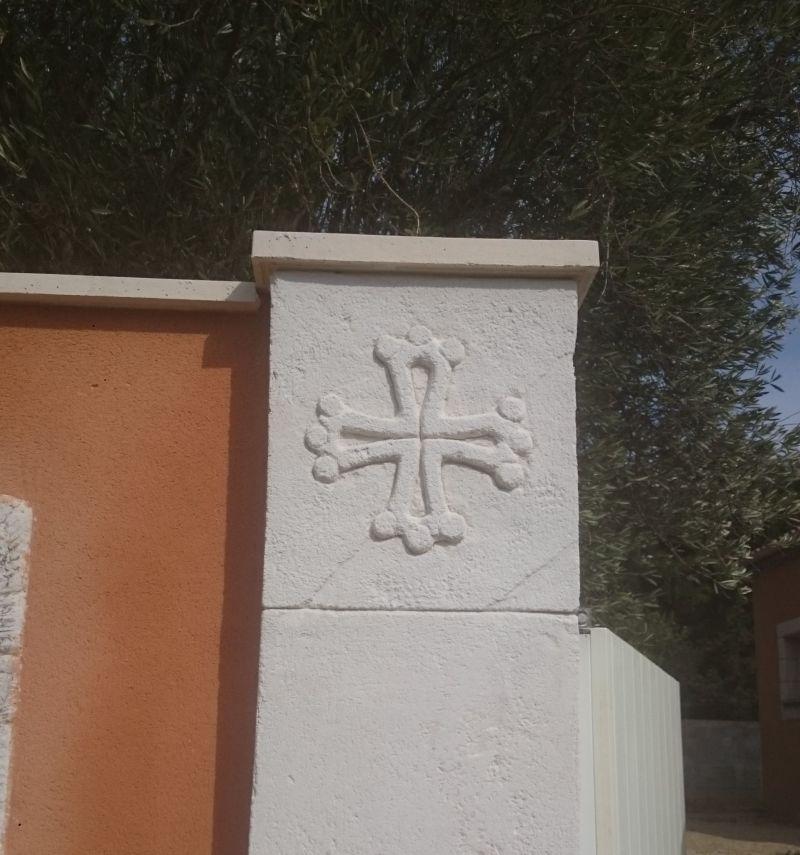Croix occitane. St-Bauzille-de-la-Sylve