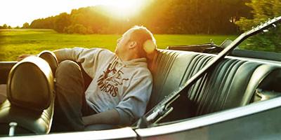 Kensington Road - Tired Man (2011) - Regie: Aviv Kosloff, Kamera: Florian Mag
