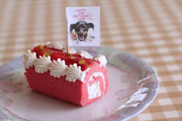 ストロベリーロールケーキ