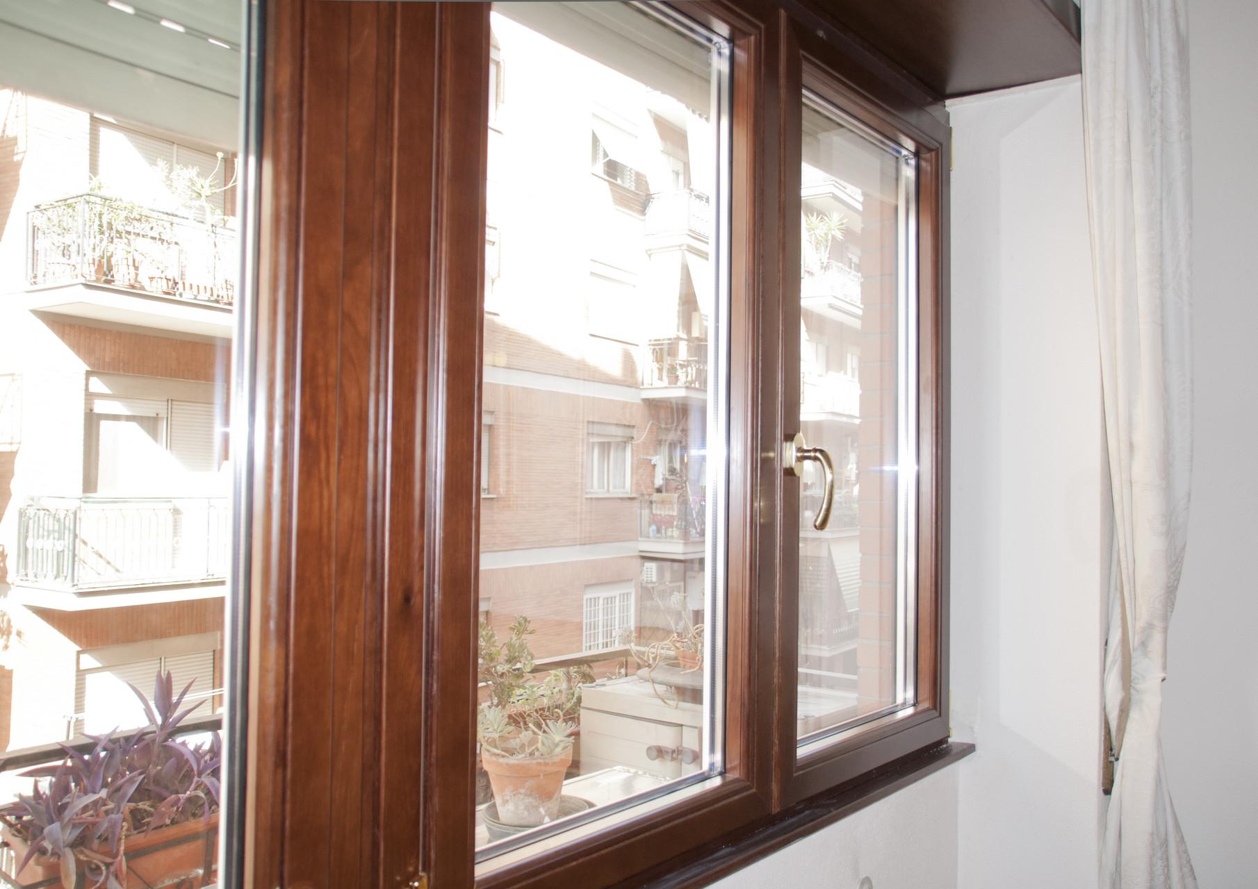 Fabbro serrature porte infissi cilindro europeo a roma e provincia fabrizio di lernia df - Serrature per finestre ...