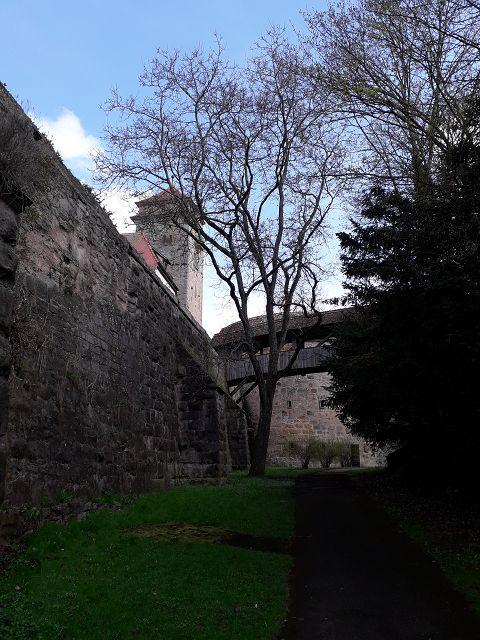 Rothenburg , die Stadtrallye  , im Graben