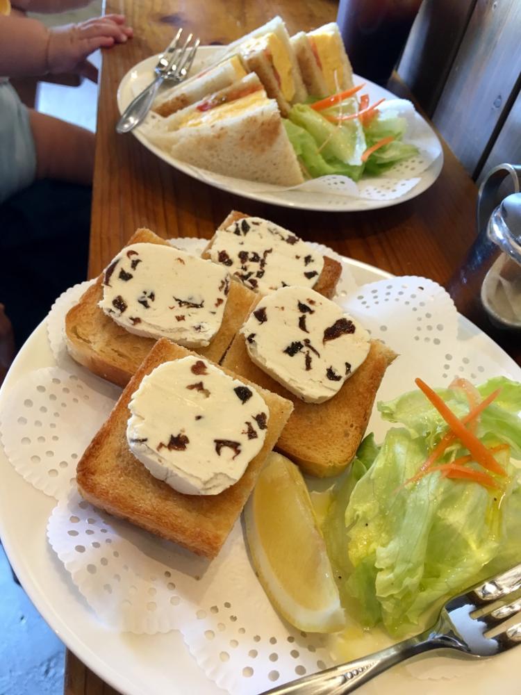 Tettoh coffee / レーズンバタートースト