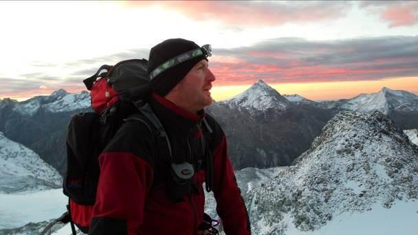 4:30 Uhr Aufstieg Sonnenaufgang beim Anstieg zum Alalinhorn über den Hohlaubgrat