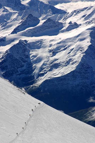 der lange Weg zum Südsattel auf 5400m
