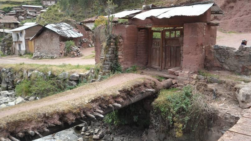 typische Brücken in Peru