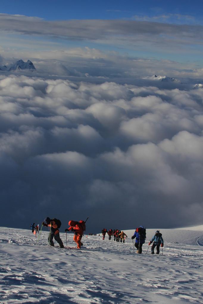"""über den Wolken ist das Leben """"einfacher"""" da weniger kalt"""