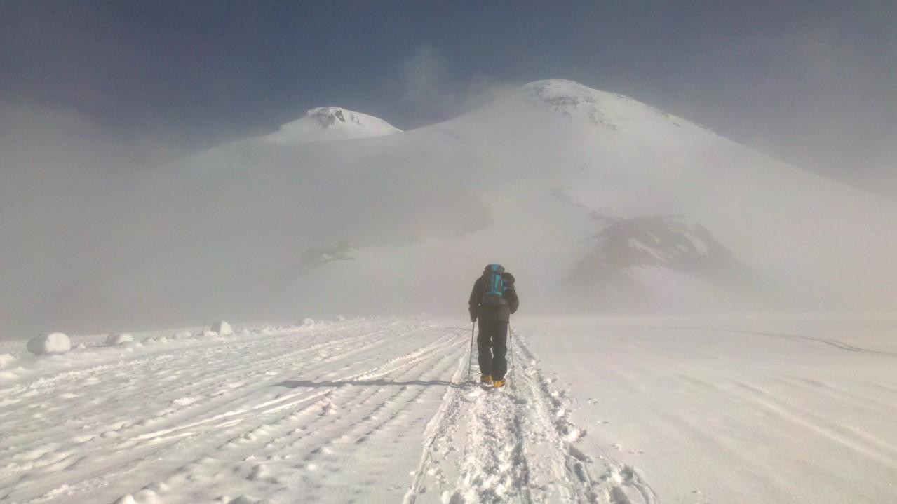 mein Freund Andre aus St. Petersburg auf dem Weg zum Elbrusfuss