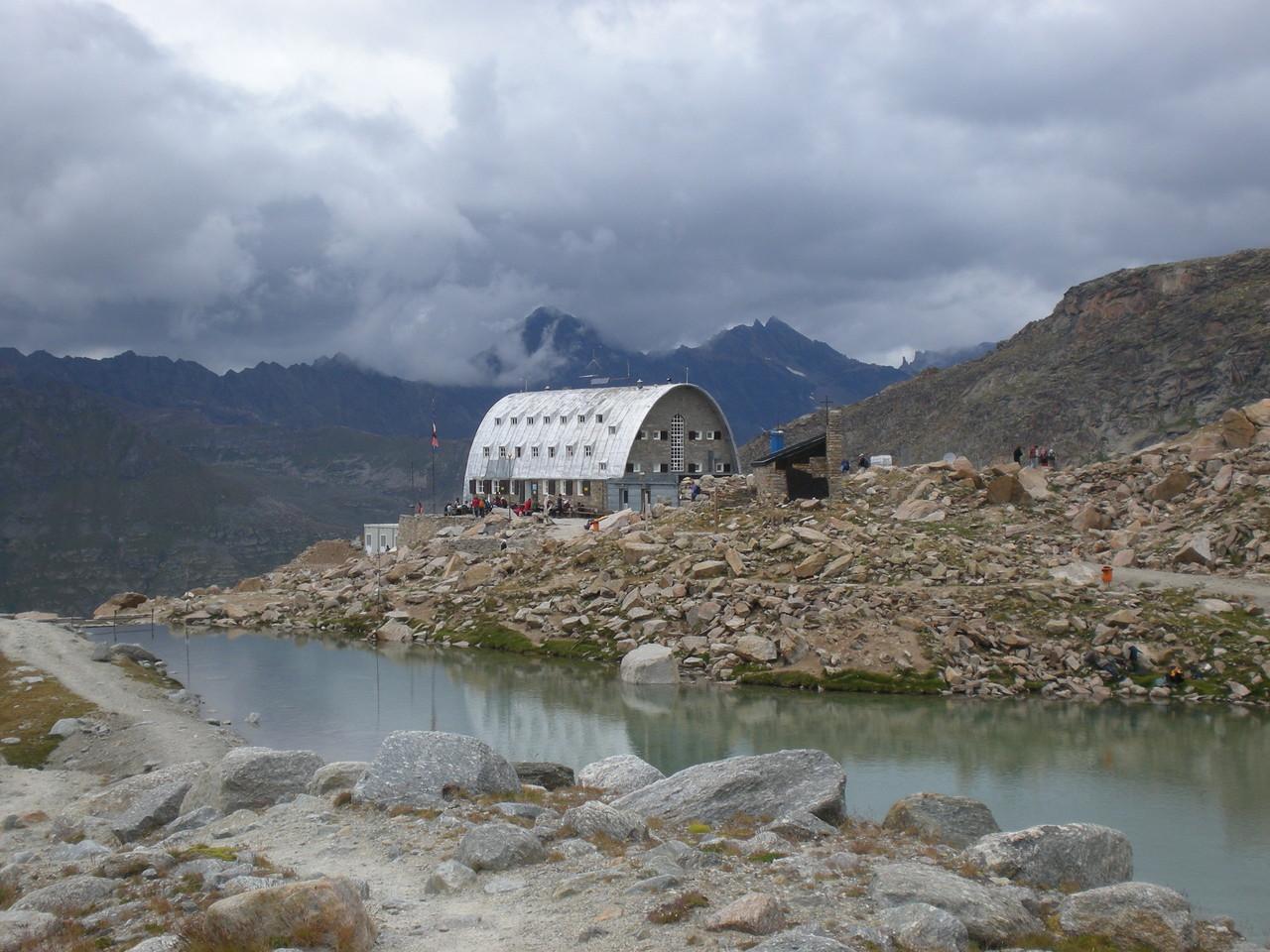 eine schöne aber immer überfüllte Hütte