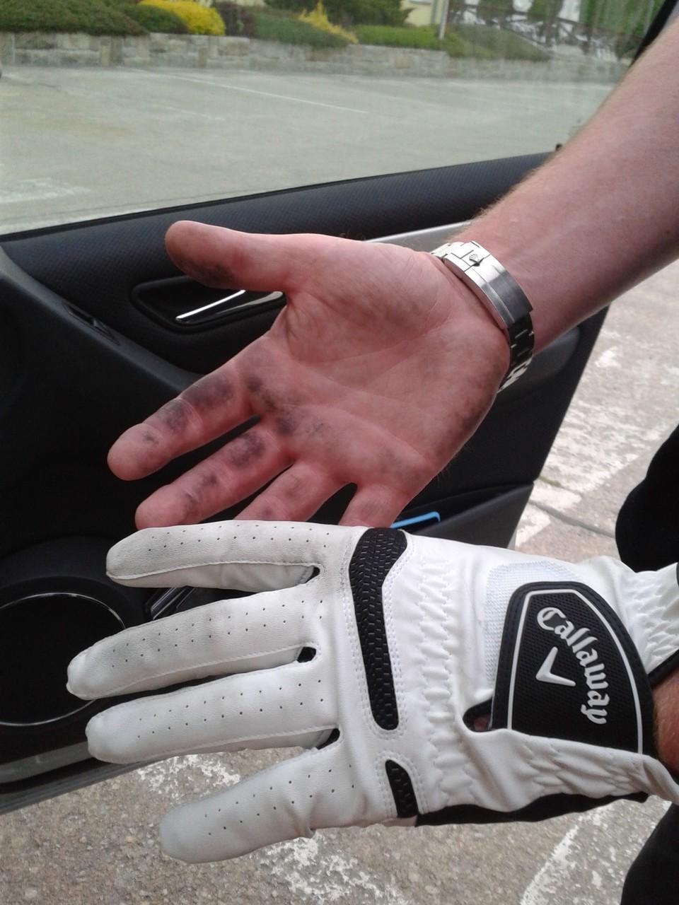 Golferhände nach 27 Bahnen