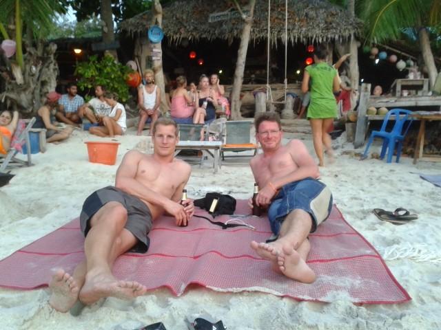 am Sunset Beach