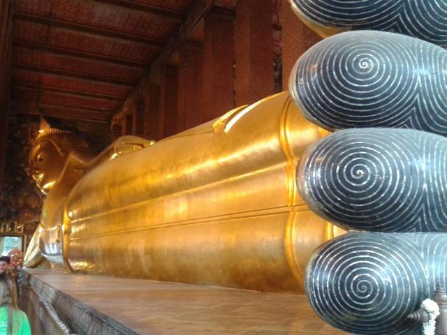 der liegende Buddha 46m lang 14m hoch