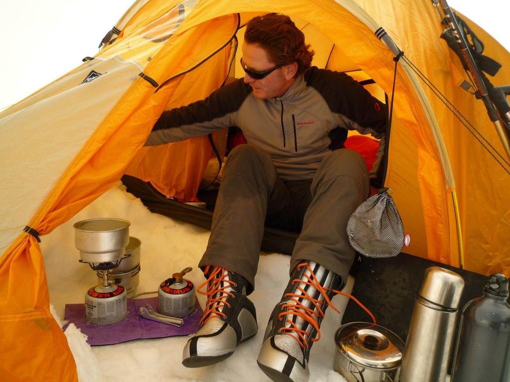 die Expeditionsstiefel haben einen Innenschuh um die extreme Kälte besser abzuhalten