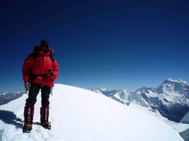 """30.10.2010 13Uhr Andreas """"Karl"""" Korte am Gipfel des Himlung Himal 7126m (er ist nur ca. 400m von der tibetischen Grenze entfernt) Karl ich bin stolz auf Dich !!"""
