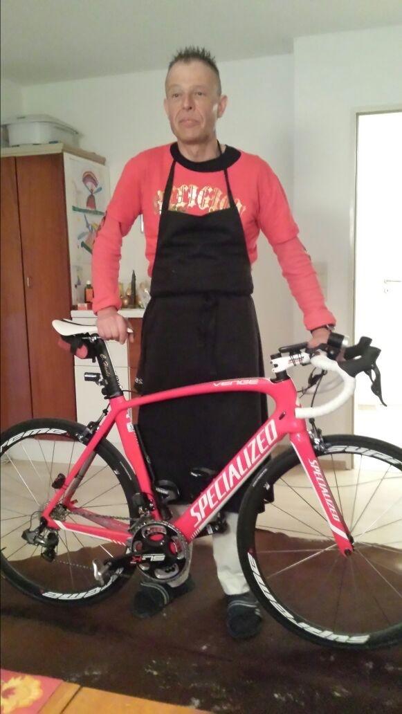 """Der """"Küchenchef """" mit seinem Rad"""