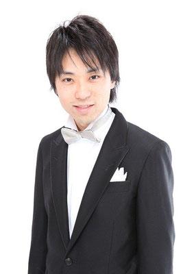 吉田純(ピアノ)