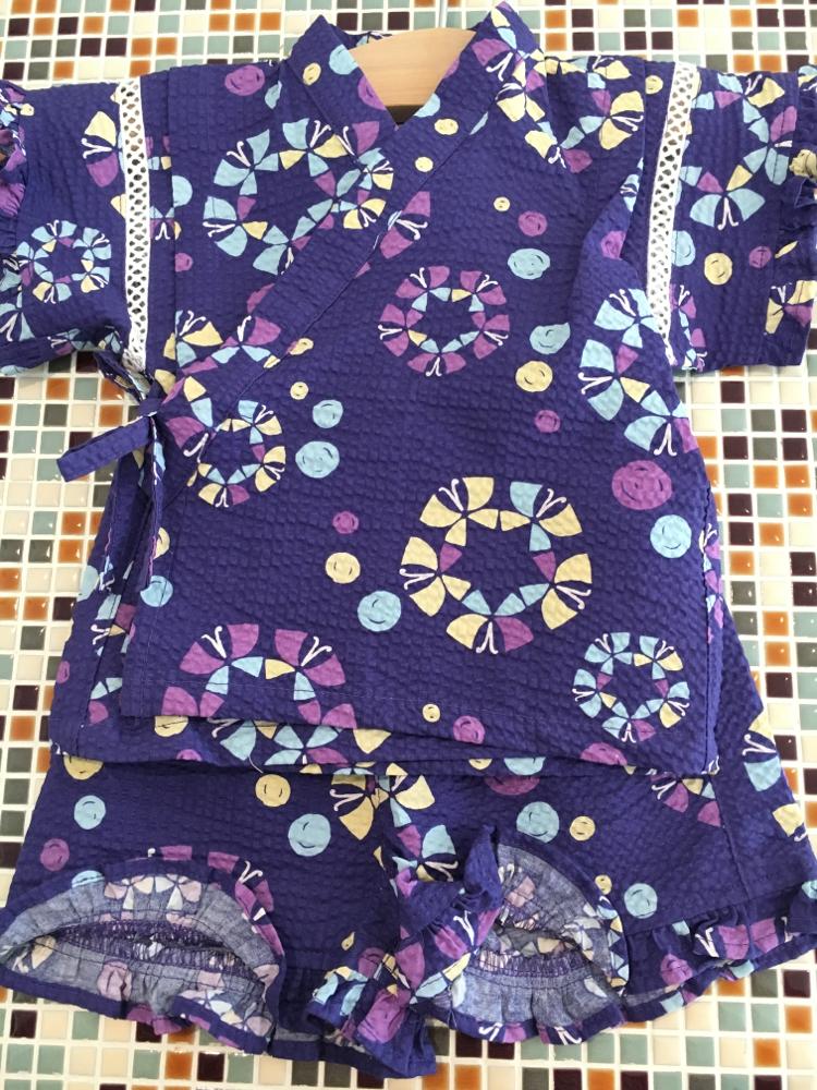 ampersand(アンパサンド)          Girl'sちょうちょ柄甚平スーツ(L375056)    (size 90・100㎝)            ¥2.900+税