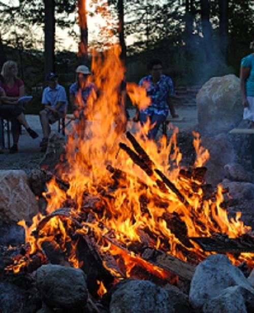 Feuer, Freude, Festlichkeiten: Johanni in Hohenfried