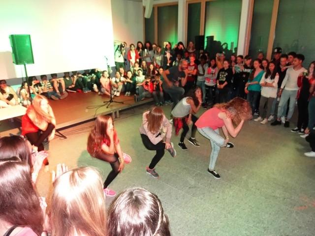 Darbietung aus dem Breakdance-Workshop