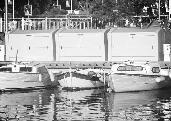 Coffres de rangement 1m x 2m Port de Cannes