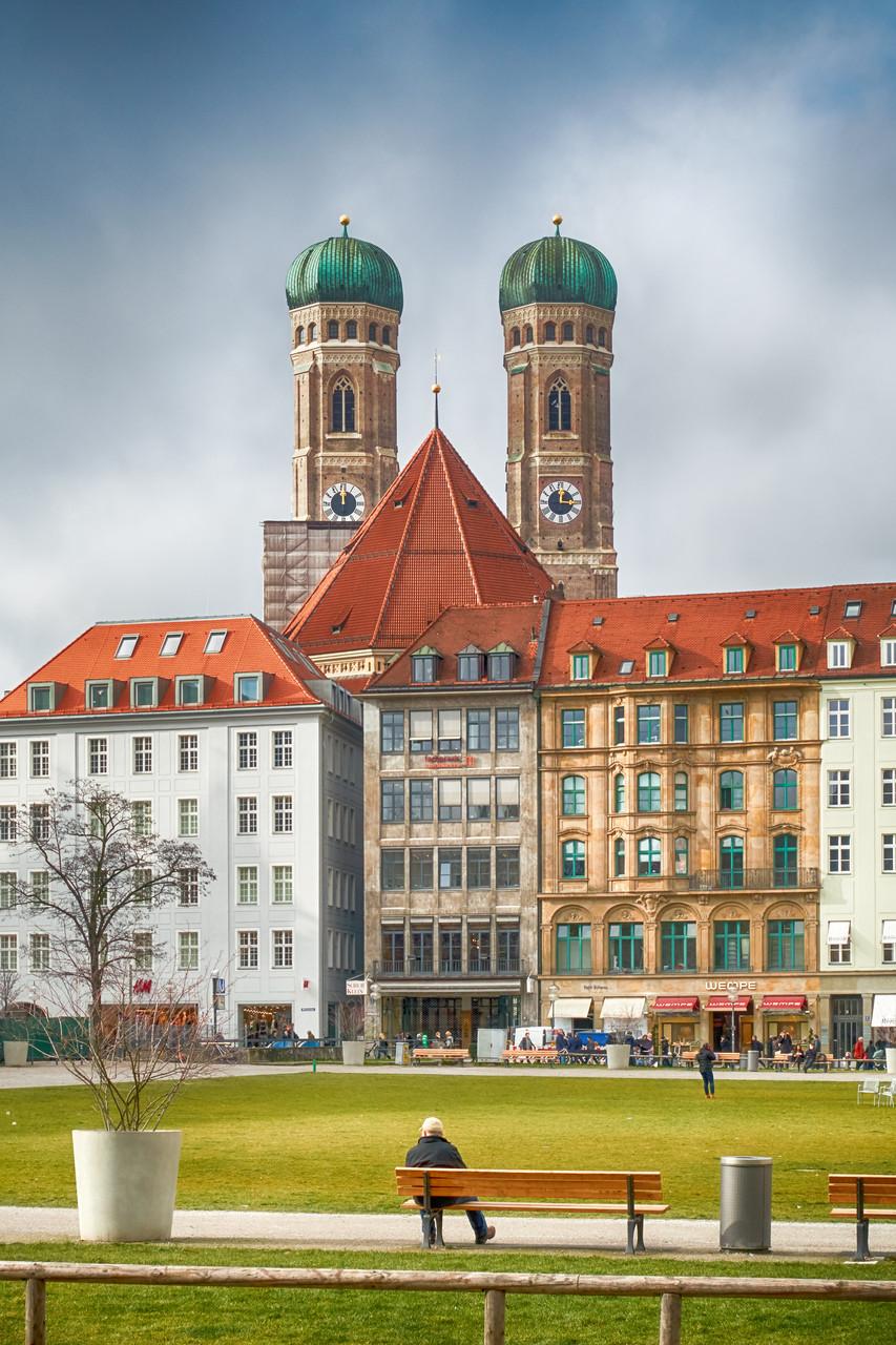 Rathhausplatz - Blick zum Dom
