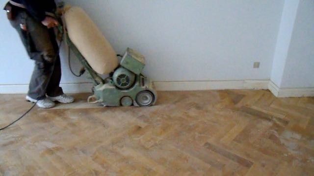 How to sand parquet