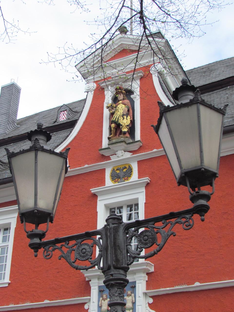 das Rathaus im Barock-Stil