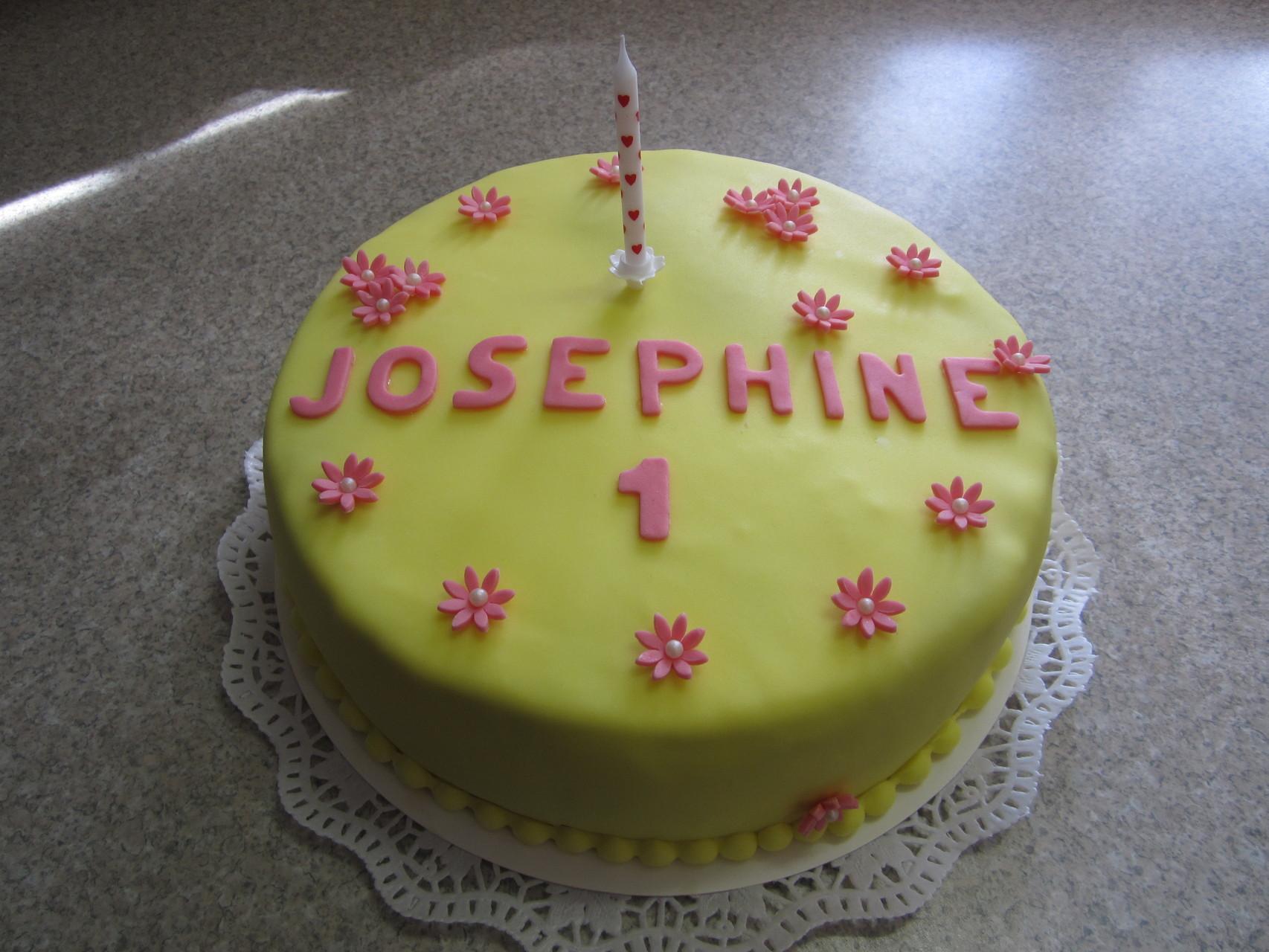 Apfel-Limetten-Joghurt-Torte