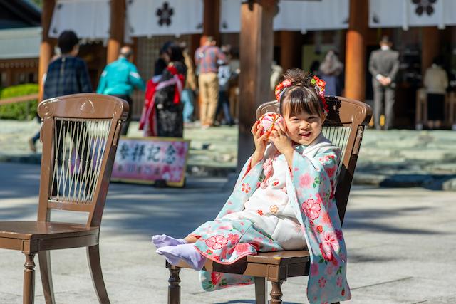 東京 練馬区 出張撮影 七五三 3歳女の子 神社 家族写真 記念写真 料金 安い