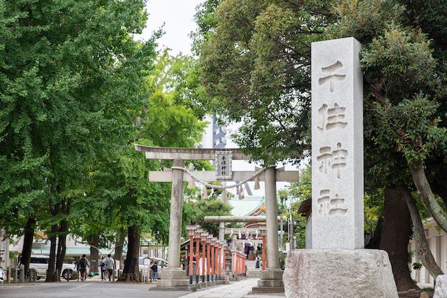 七五三の御祈祷の様子を撮影できる神社 千住神社のご紹介(東京・足立区)