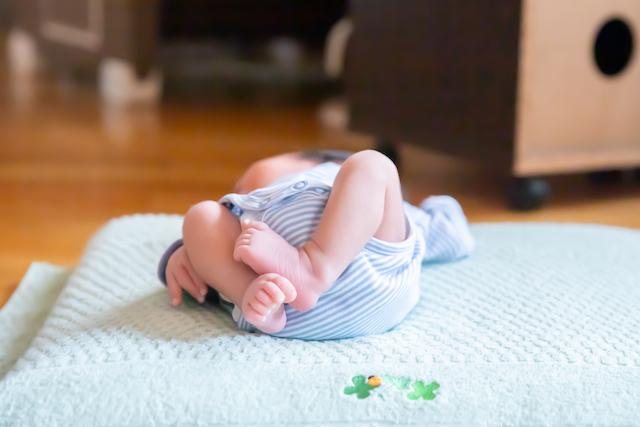 練馬区 豊島区 出張撮影 女性カメラマン ニューボーンフォト 新生児 自宅撮影