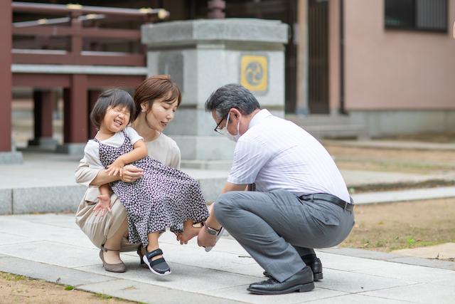 お宮参り 出張撮影 子供 家族写真 女性カメラマン 料金 安い