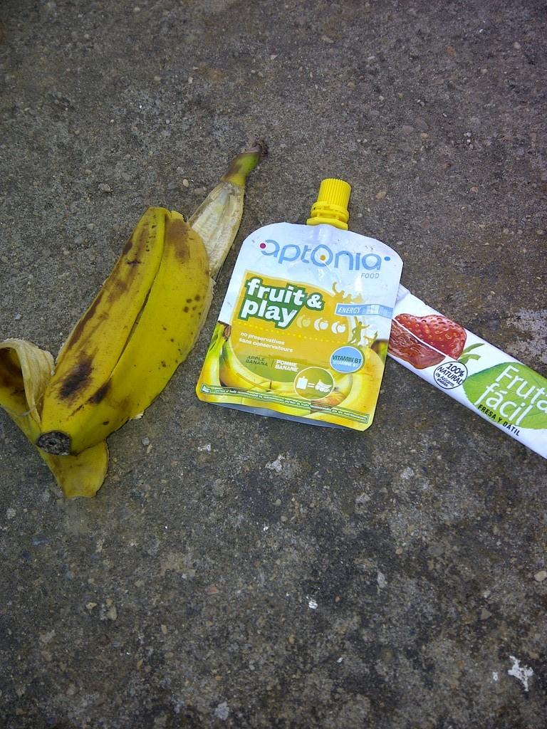 Potitos, plátanos, barritas.... todo vale en el Puerto la Cabra