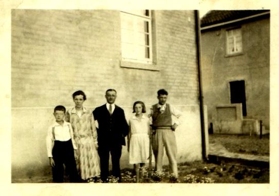Walter Rathenau-Str.8 seine Eltern und Geschwister