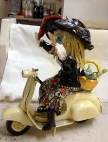 Fasnachtsfiguren,Vespa, Gritte, Keramik