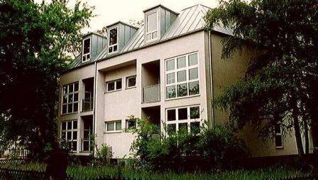 Hubertusallee 14-16,  14193 Berlin  Wohn- und Bürogebäude mit 21 Wohn- bzw. Nutzeinheiten