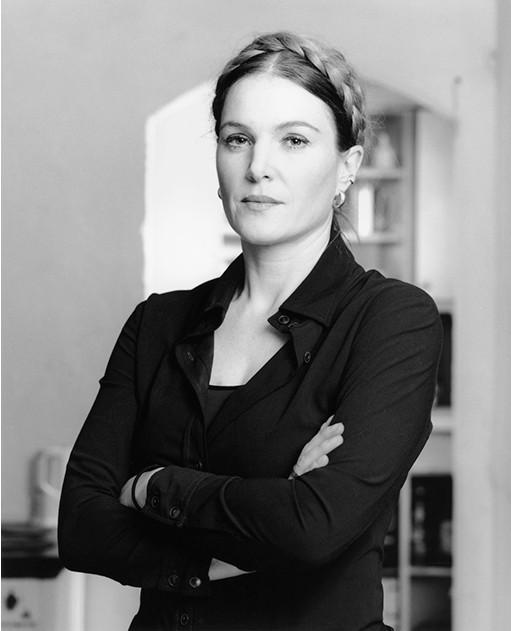 """""""Iris Zogel, Bildhauerin"""" Birgitta Thaysen 2011"""